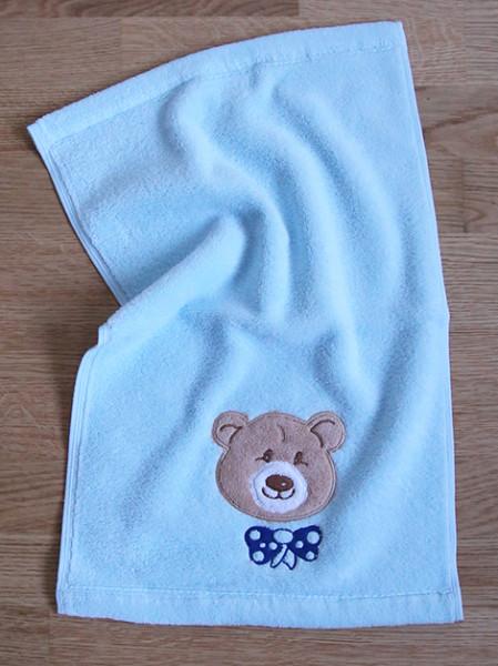 Kleines Handtuch mit Bär Ella in Hellblau
