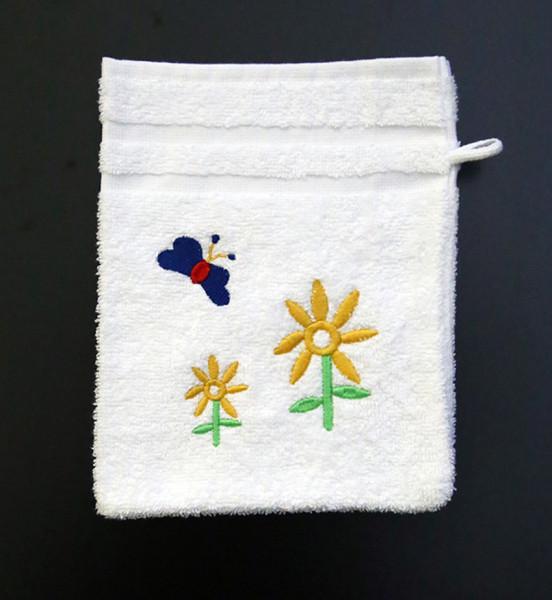 Bestickter Waschhandschuh in Weiss